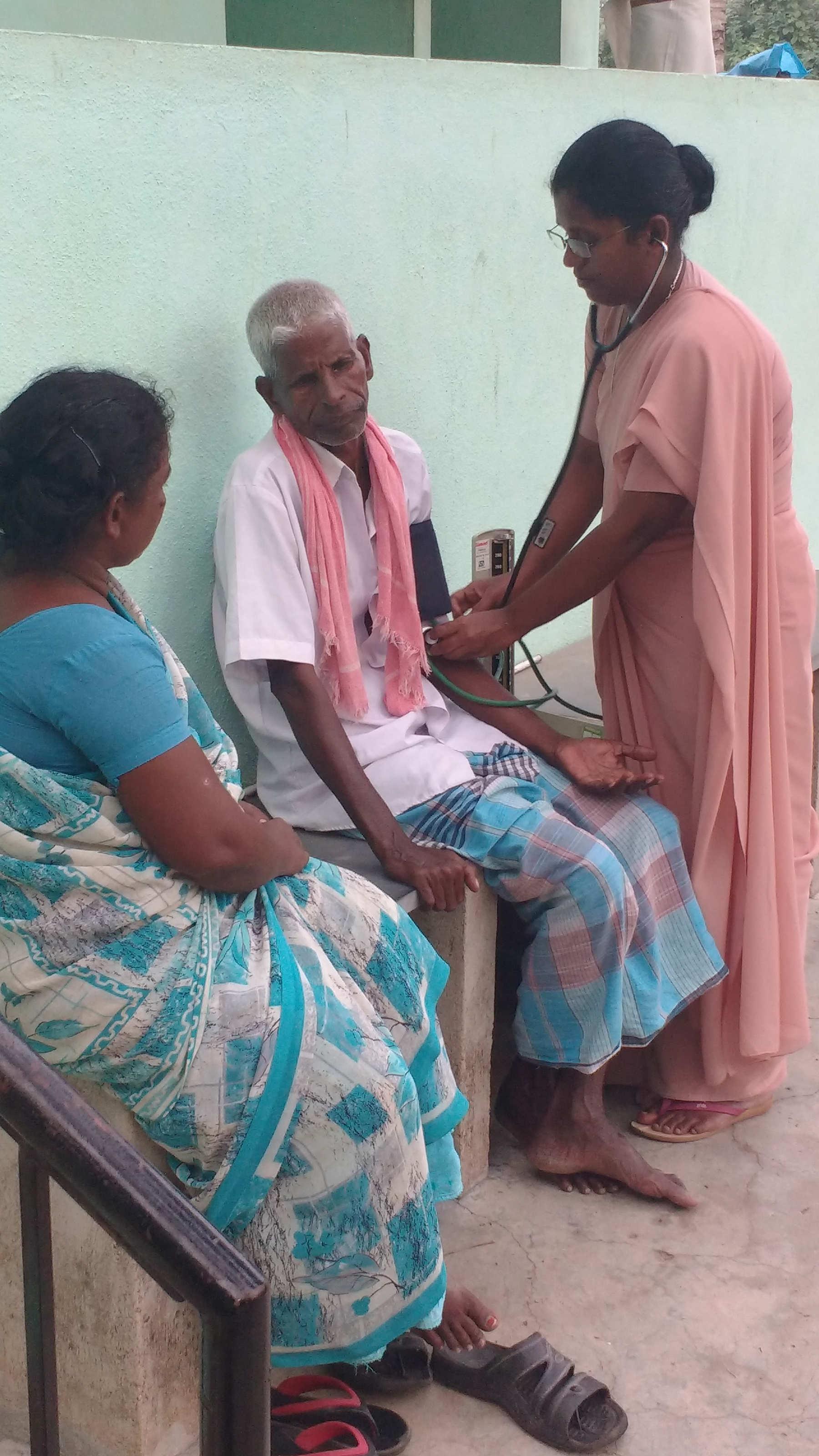 Sr. Arul Kala Royappan giving home based treatment