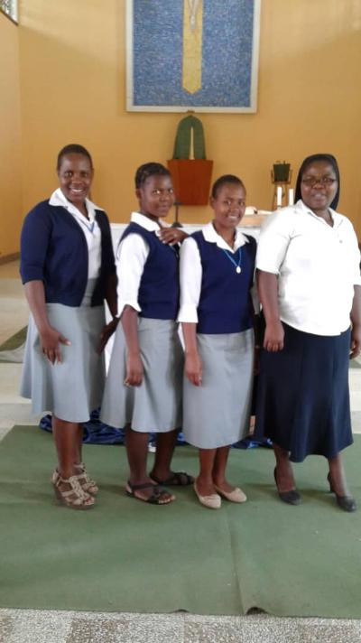 Sr Blessing Gotekote (vocation promoter) with aspirants