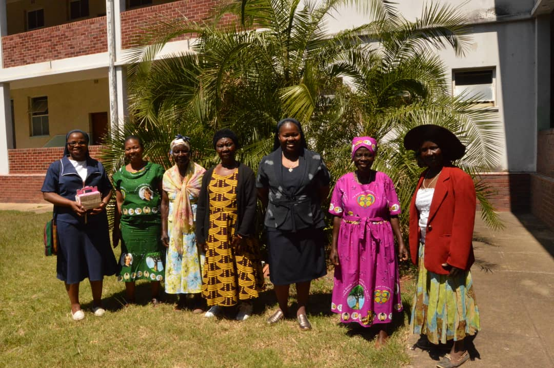 Sr Sandra Ndingwa and Sr Bridget Gochera with the friends of Nano after Tercentenary celebrations