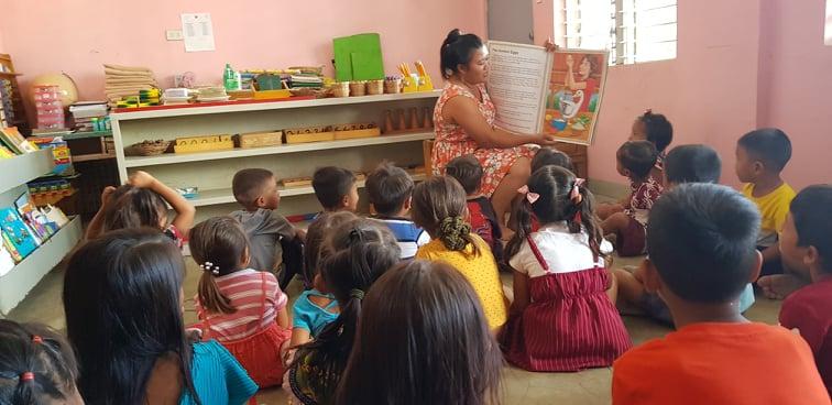 Storytelling with the Badjao pupils