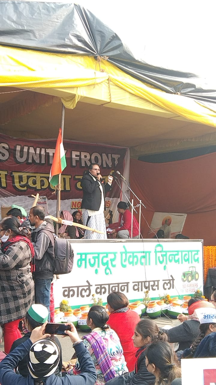 Sr Sneha sharing the stage at the farmers protest